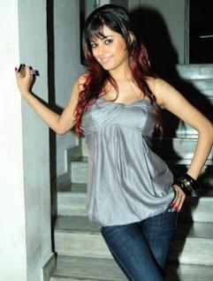 Nude-Meera-Chopra-Nila-Photo-Shoot20