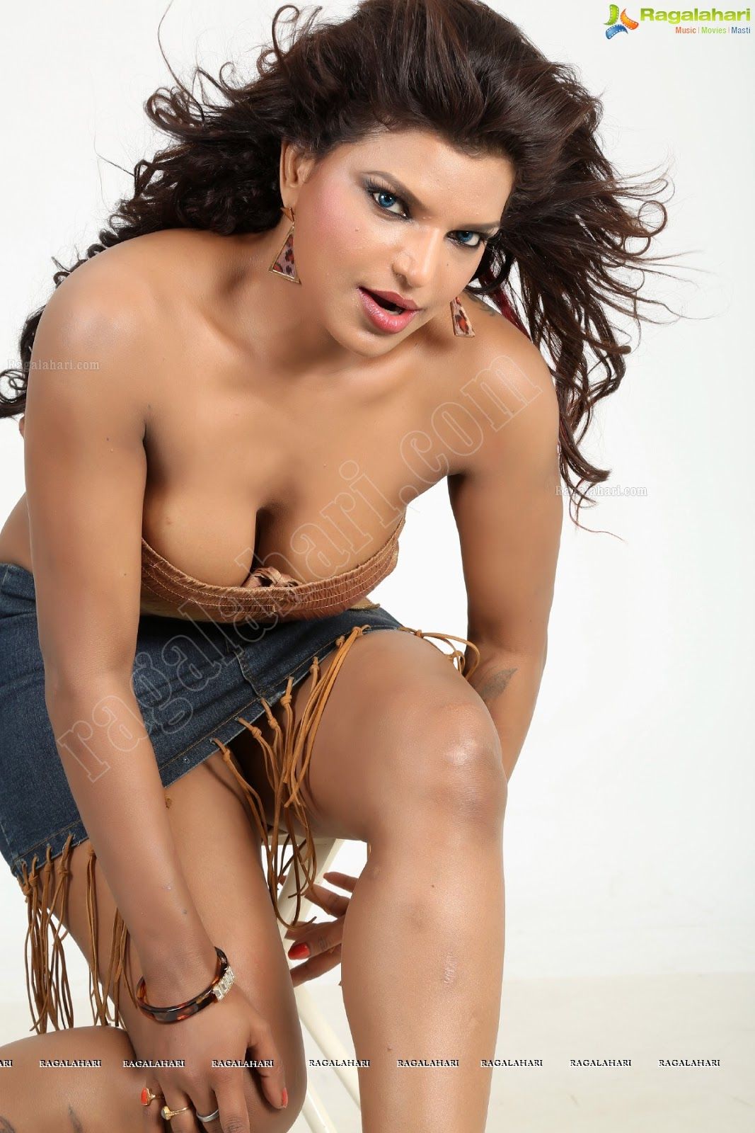 Shalini Naidu Daily Bollywood in Južnoindijske slike igralk-2755